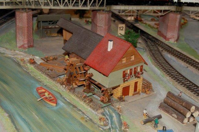 Ausschnitt Märklin Hafenanlage Nr. 14 Gleisplanheft 0350, Faller Sägemühle 229, 1954